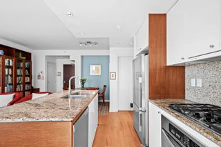 Photo 10: 1201 1005 BEACH Avenue in Vancouver: West End VW Condo for sale (Vancouver West)  : MLS®# R2618722