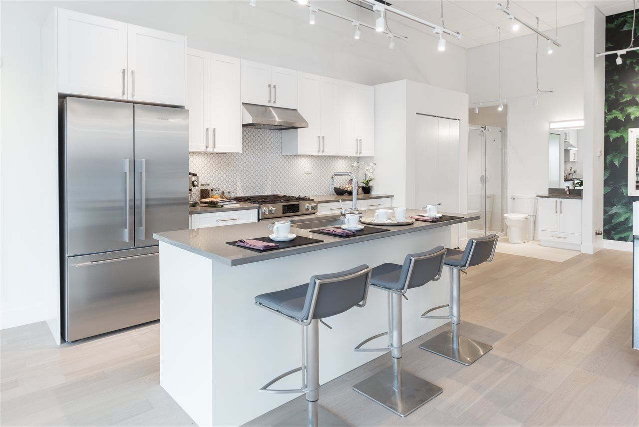 """Main Photo: 71 7191 LECHOW Street in Richmond: McLennan North Townhouse for sale in """"Parc Belvedere"""" : MLS®# R2213171"""