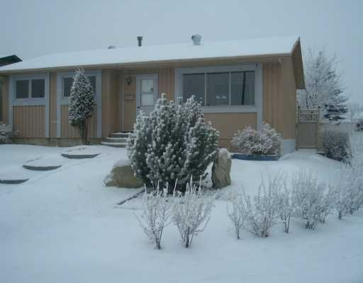 Main Photo:  in CALGARY: Pineridge Residential Detached Single Family for sale (Calgary)  : MLS®# C3247609