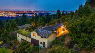 Photo 2: 574 CRAIGMOHR Drive in West Vancouver: Glenmore House for sale : MLS®# R2545385