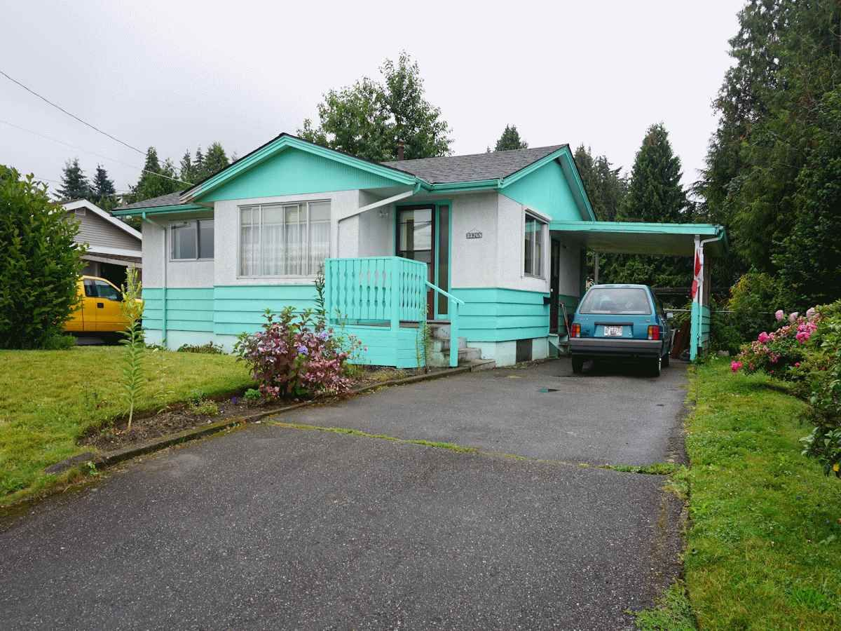 Main Photo: 33268 ROBERTSON Avenue in Abbotsford: Central Abbotsford House for sale : MLS®# R2088784