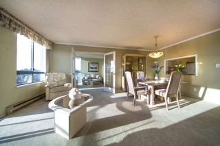 "Photo 2: 1504 121 TENTH Street in New Westminster: Uptown NW Condo for sale in ""VISTA ROYALE"" : MLS®# R2535573"