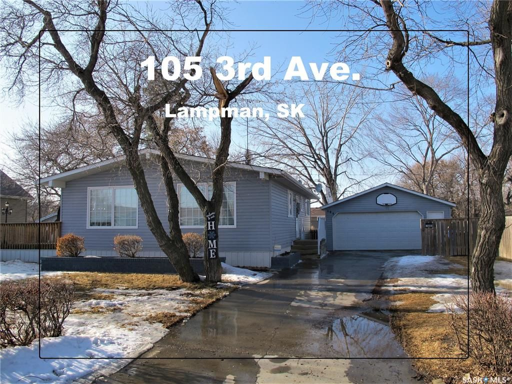 Main Photo: 105 3rd Avenue in Lampman: Residential for sale : MLS®# SK844392