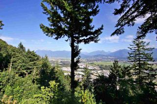 """Photo 33: 8400 GRAND VIEW Drive in Chilliwack: Chilliwack Mountain House for sale in """"Chilliwack Mountain"""" : MLS®# R2483464"""