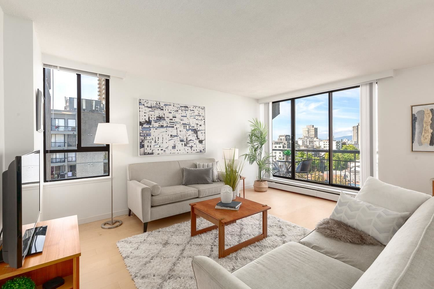 """Main Photo: 1107 1720 BARCLAY Street in Vancouver: West End VW Condo for sale in """"Lancaster Gate"""" (Vancouver West)  : MLS®# R2617720"""