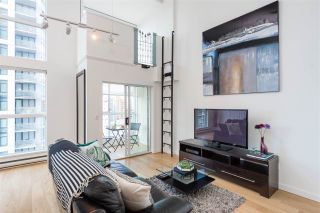 """Photo 3: 1003 1238 SEYMOUR Street in Vancouver: Downtown VW Condo for sale in """"Space Lofts"""" (Vancouver West)  : MLS®# R2417825"""