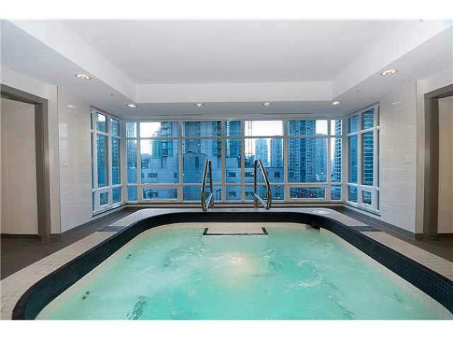 """Photo 16: Photos: 1707 535 SMITHE Street in Vancouver: Downtown VW Condo for sale in """"DOLCE AT SYMPHONY PLACE"""" (Vancouver West)  : MLS®# V1138374"""