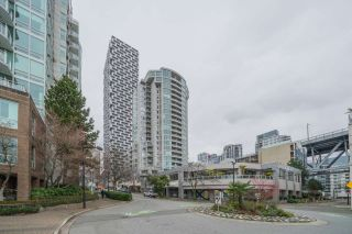 "Photo 19: 806 1500 HOWE Street in Vancouver: Yaletown Condo for sale in ""The Discovery"" (Vancouver West)  : MLS®# R2525498"