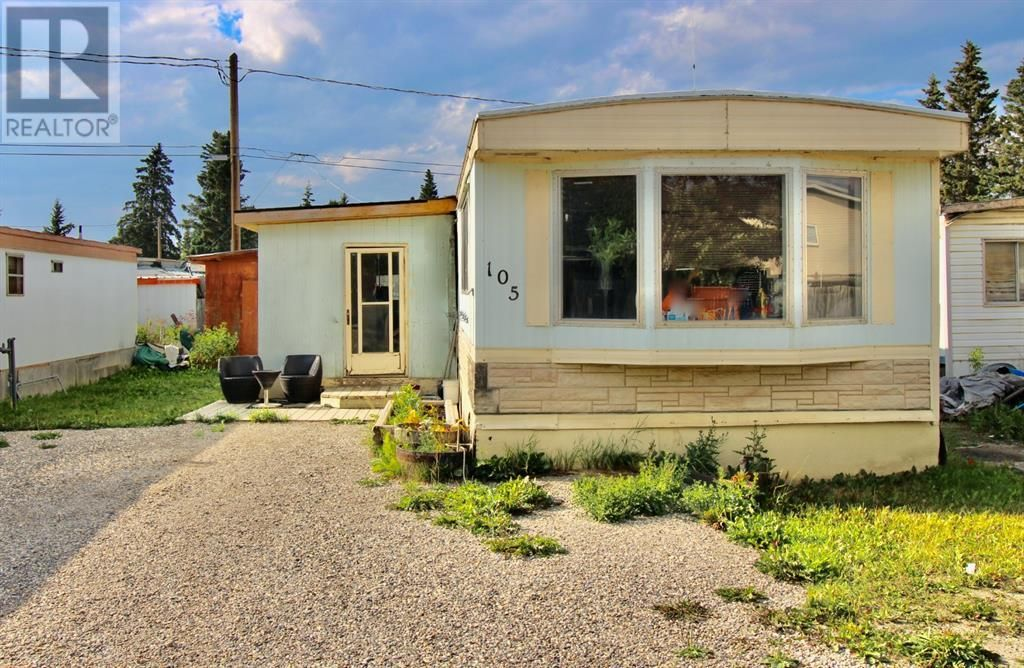 Main Photo: 105, 145 East River Road in Hinton: House for sale : MLS®# A1133547