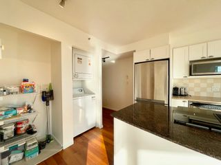 """Photo 14: 1602 1723 ALBERNI Street in Vancouver: West End VW Condo for sale in """"THE PARK"""" (Vancouver West)  : MLS®# R2613268"""
