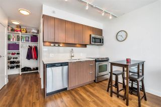 """Photo 13: 2301 13308 CENTRAL Avenue in Surrey: Whalley Condo for sale in """"EVOLVE TOWER"""" (North Surrey)  : MLS®# R2480896"""