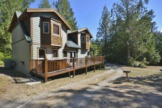 Photo 1: 11 13651 CAMP BURLEY ROAD in Garden Bay: Pender Harbour Egmont House for sale (Sunshine Coast)  : MLS®# R2200142