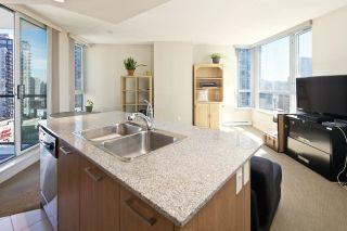 """Photo 6: 1509 1212 HOWE Street in Vancouver: Downtown VW Condo for sale in """"1212 HOWE by WALL FINANCIAL"""" (Vancouver West)  : MLS®# R2052065"""