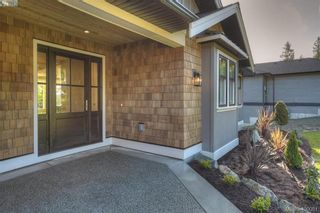 Photo 5: 8607 Emard Terr in NORTH SAANICH: NS Bazan Bay House for sale (North Saanich)  : MLS®# 798049
