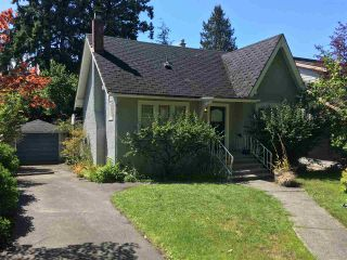 Photo 1: 3388 W 33RD Avenue in Vancouver: Dunbar House for sale (Vancouver West)  : MLS®# R2392411