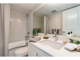 """Photo 38: 28 15717 MOUNTAIN VIEW Drive in Surrey: Grandview Surrey Townhouse for sale in """"Olivia"""" (South Surrey White Rock)  : MLS®# R2600355"""