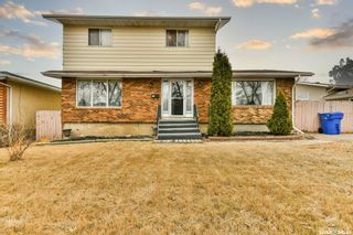 Main Photo: 76 Eden Avenue in Regina: Normanview West Residential for sale : MLS®# SK847134