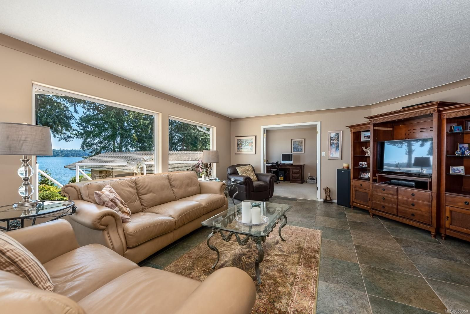 Photo 17: Photos: 5880 GARVIN Rd in : CV Union Bay/Fanny Bay House for sale (Comox Valley)  : MLS®# 853950