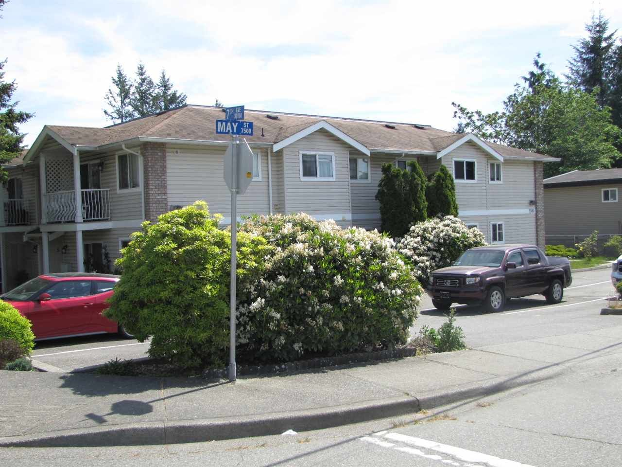 Main Photo: 4 7590 MAY Street in Mission: Mission BC Townhouse for sale : MLS®# R2361717