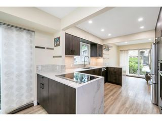 """Photo 5: 9518 WILLOWLEAF Place in Burnaby: Forest Hills BN Townhouse for sale in """"Willowleaf Place"""" (Burnaby North)  : MLS®# R2561728"""