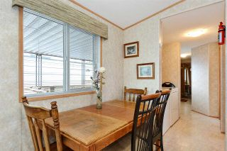 """Photo 4: 38 15875 20 Avenue in Surrey: King George Corridor Manufactured Home for sale in """"Sea Ridge Bays"""" (South Surrey White Rock)  : MLS®# R2375018"""