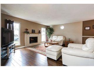 Photo 2: 21167 wicklund Avenue in Maple Ridge: Northwest Maple Ridge House for sale : MLS®# R2046258
