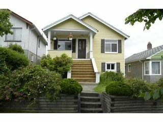 Photo 1: 3245 E GEORGIA ST in Vancouver: Renfrew VE House for sale (Vancouver East)  : MLS®# V895577