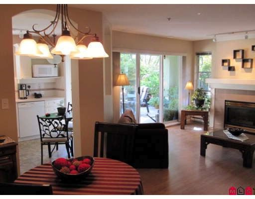 "Photo 2: Photos: 110 20110 MICHAUD Crescent in Langley: Langley City Condo for sale in ""Regency Terrace"" : MLS®# F2921008"