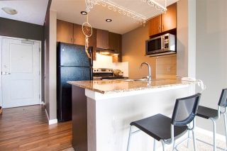 Photo 2: 702 9262 UNIVERSITY CRESCENT in Burnaby: Simon Fraser Univer. Condo for sale (Burnaby North)  : MLS®# R2178516