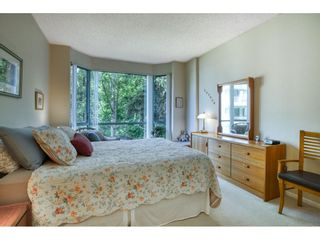 """Photo 19: 209 1785 MARTIN Drive in Surrey: Sunnyside Park Surrey Condo for sale in """"Southwynd"""" (South Surrey White Rock)  : MLS®# R2591811"""