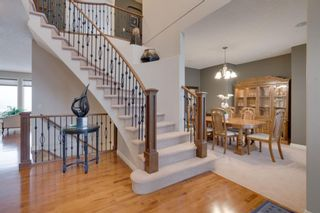 Photo 3: 52 Springbluff Lane SW in Calgary: Springbank Hill Detached for sale : MLS®# A1043718