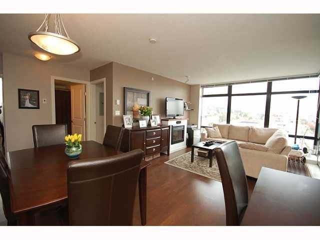 """Photo 4: Photos: 1606 610 VICTORIA Street in New Westminster: Downtown NW Condo  in """"THE POINT"""" : MLS®# V819393"""