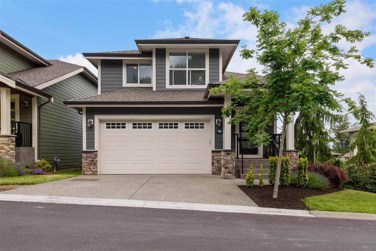 """Main Photo: 1 50634 LEDGESTONE Place in Chilliwack: Eastern Hillsides House for sale in """"The Cliffs"""" : MLS®# R2590826"""