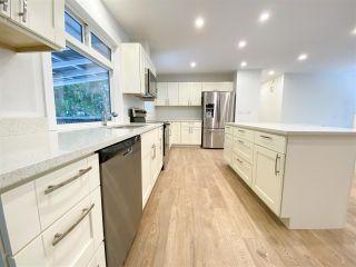Photo 3: 40534 N HIGHLANDS Way in Squamish: Garibaldi Highlands House for sale : MLS®# R2429736