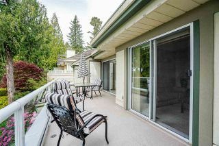 """Photo 10: 11 4001 OLD CLAYBURN Road in Abbotsford: Abbotsford East Townhouse for sale in """"Cedar Springs"""" : MLS®# R2575947"""