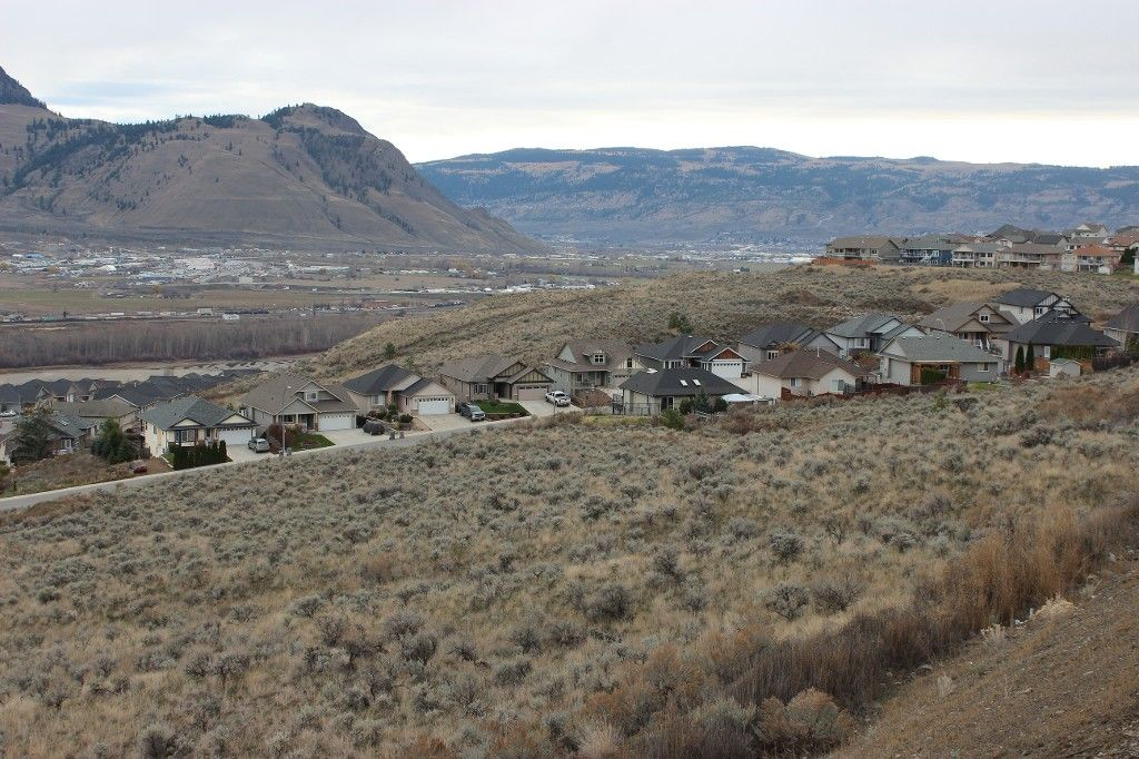 Photo 12: Photos: 2054 Saddleback Drive in Kamloops: Batchelor Heights House for sale : MLS®# 137815