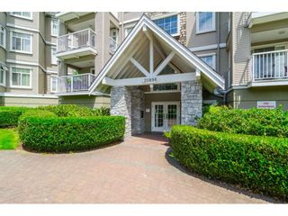 """Photo 2: 305 20896 57 Avenue in Langley: Langley City Condo for sale in """"BAYBERRY LANE"""" : MLS®# R2214120"""
