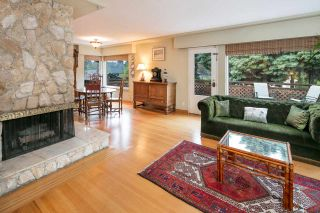 Photo 2: 1308 BAYVIEW Square in Coquitlam: Harbour Chines House for sale : MLS®# R2123105