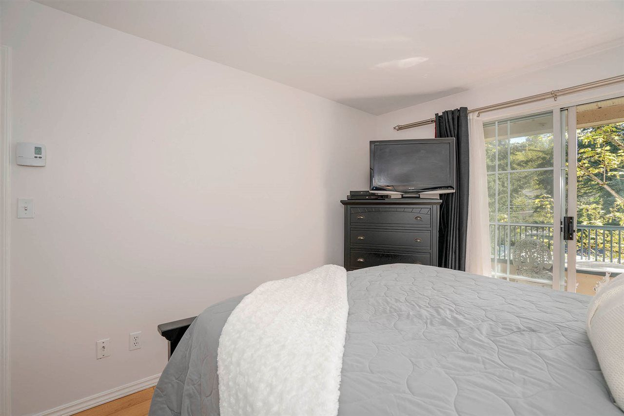"Photo 12: Photos: 313 295 SCHOOLHOUSE Street in Coquitlam: Maillardville Condo for sale in ""CHATEAU ROYALE"" : MLS®# R2262209"