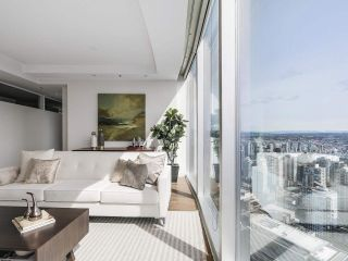 """Photo 6: 4703 938 NELSON Street in Vancouver: Downtown VW Condo for sale in """"One Wall Centre"""" (Vancouver West)  : MLS®# R2155390"""