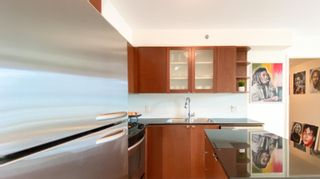 """Photo 10: 1007 822 SEYMOUR Street in Vancouver: Downtown VW Condo for sale in """"L'ARIA"""" (Vancouver West)  : MLS®# R2615782"""