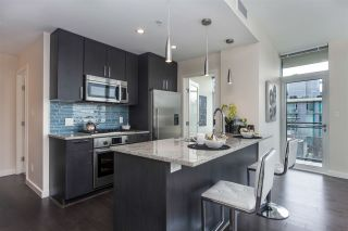 """Photo 8: 908 38 W 1ST Avenue in Vancouver: False Creek Condo for sale in """"THE ONE"""" (Vancouver West)  : MLS®# R2164655"""