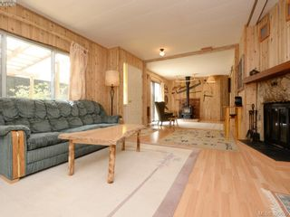 Photo 6: 3109 Cameron-Taggart Rd in COBBLE HILL: ML Cobble Hill House for sale (Malahat & Area)  : MLS®# 785077
