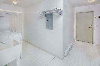 "Photo 18: 2575 EAST Mall in Vancouver: University VW Townhouse for sale in ""LOGAN LANE"" (Vancouver West)  : MLS®# R2302222"