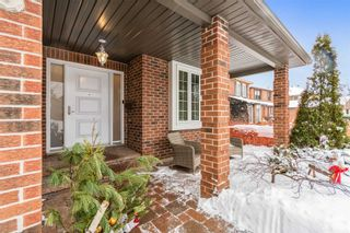 Photo 2: 996 Rambleberry Avenue in Pickering: Liverpool House (2-Storey) for sale : MLS®# E5170404