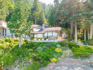"""Photo 34: 370 374 SMUGGLERS COVE Road: Bowen Island House for sale in """"Hood Point"""" : MLS®# R2518143"""