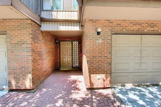Photo 2: 14 Point Mckay Crescent NW in Calgary: Point McKay Row/Townhouse for sale : MLS®# A1130128