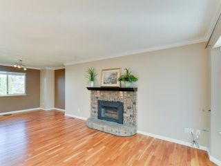 Photo 3: 9109 212A Place in Langley: Walnut Grove House for sale : MLS®# R2316767