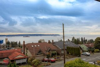 Photo 3: 2259 NELSON Avenue in West Vancouver: Dundarave House for sale : MLS®# R2146466