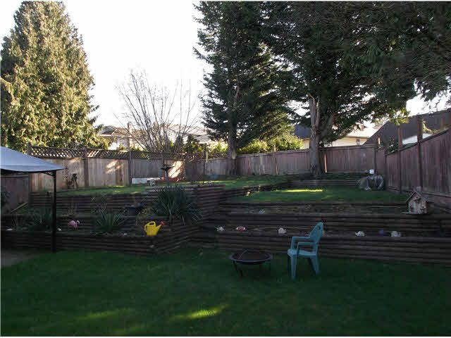 """Photo 13: Photos: 14326 78TH Avenue in Surrey: East Newton House for sale in """"SPRINGHILL ESTATES"""" : MLS®# F1433646"""